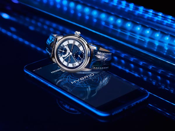 The world's first mechanical smartwatch