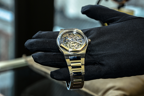 Lancement de la Laureato à New York