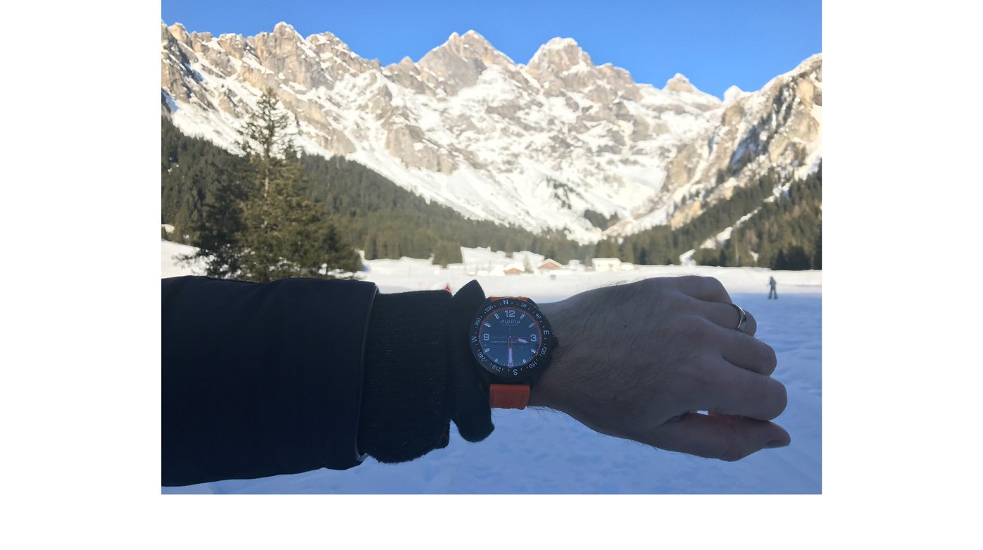 Alpina - The AlpinerX smart watch for outdoors