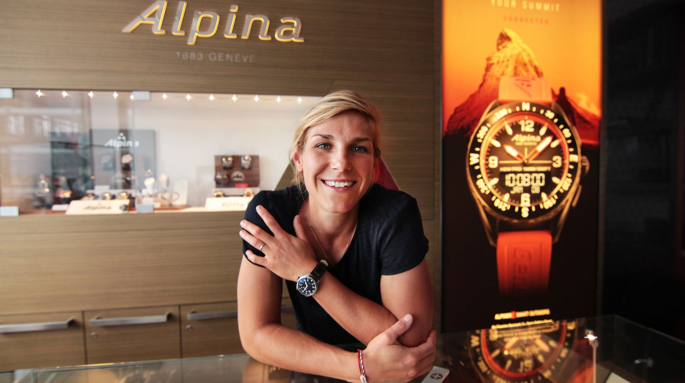 Alpina - Nelly Moenne-Loccoz - Snowboard Cross champion and watch enthusiast