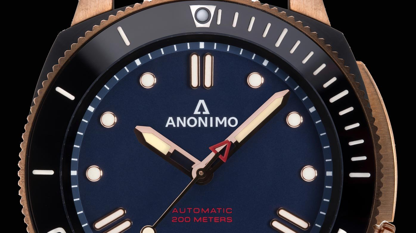 Anonimo - Bronze in the spotlight for 20 years