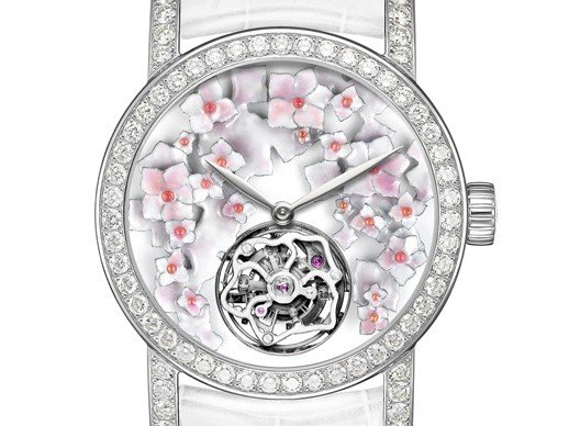 Chaumet  - A first floral collection