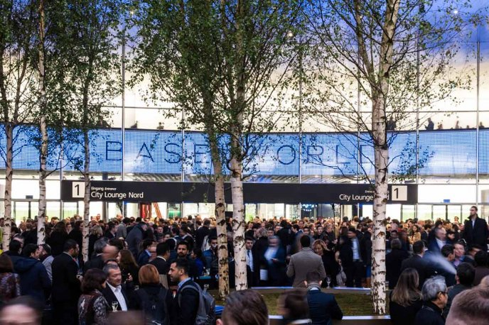 Real-time – the watchword for Baselworld 2018 Exhibitions
