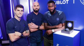 Classic Fusion Chronograph Chelsea FC Trends and style