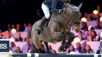 Show jumping in Paris Sport