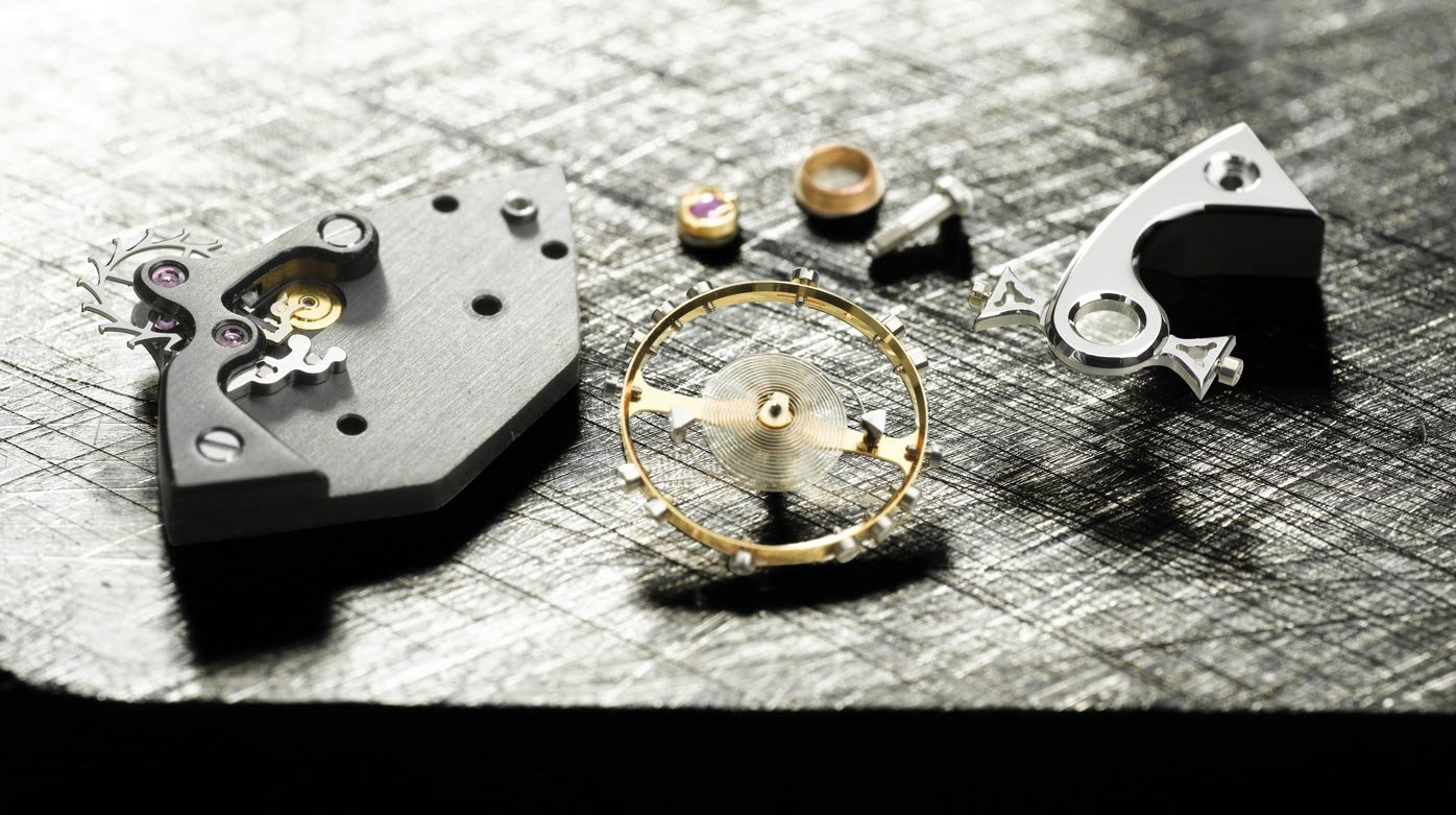 MCT - The well-oiled mechanism of a contemporary Manufacture