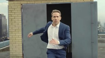 "Video. Piaget Polo S ""Play a different game"", starring Ryan Reynolds"