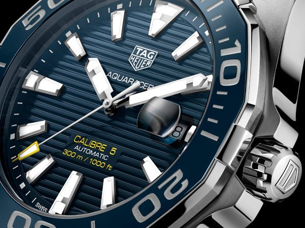 Tag heuer aquaracer 300m ceramic 43mm automatic calibre 5 trends and style worldtempus for Tag heuer aquaracer 300m