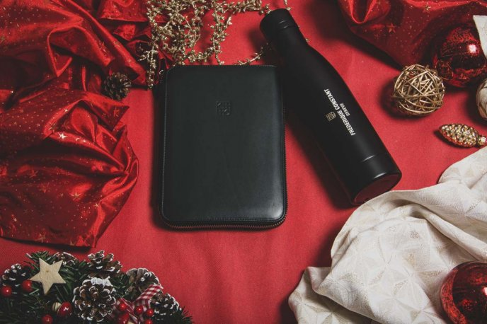 Win a Frédérique Constant thermos and leather notebook holder