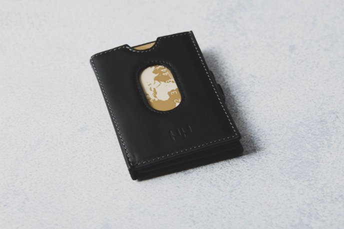 Win a wallet offered by Mauron Musy