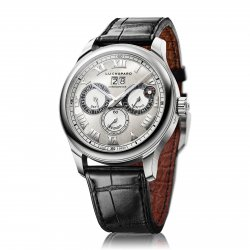 A perpetual calendar with full display, large date and moon phases, the L.U.C Perpetual Twin ©Chopard