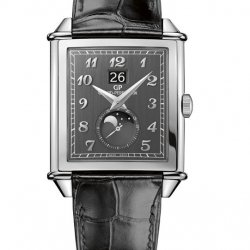 Girard Perregaux's Vintage 1945 collection revisits a classic … in grey! © Girard Perregaux