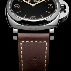 PAM 673 leather strap