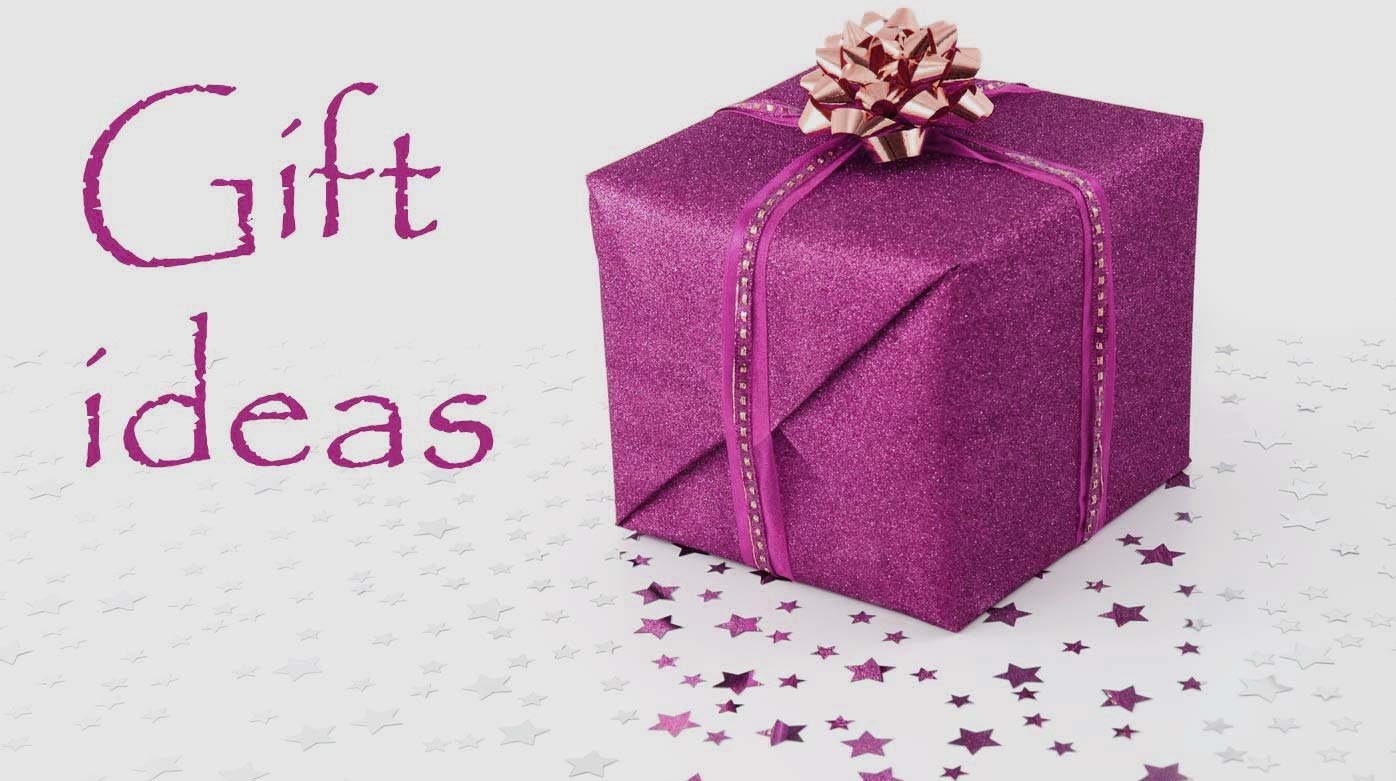 Christmas gifts - Ladies\' watches under 3000 CHF to put under the ...