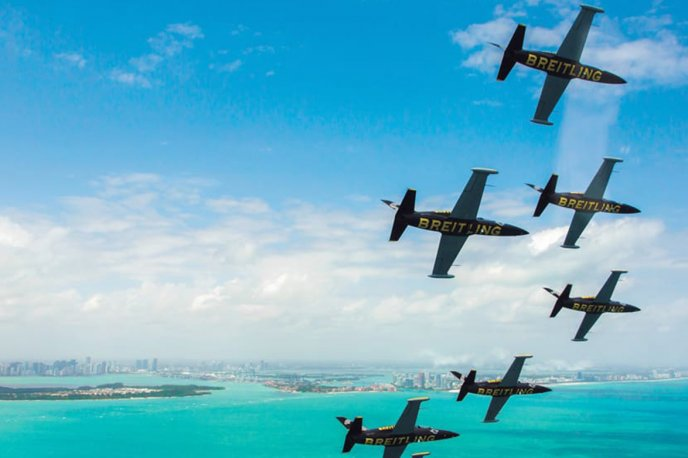 Breitling and Apache Aviation in search of co-sponsors