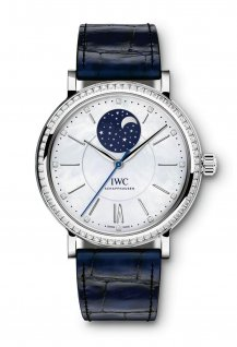 Midsize Automatic Moon Phase