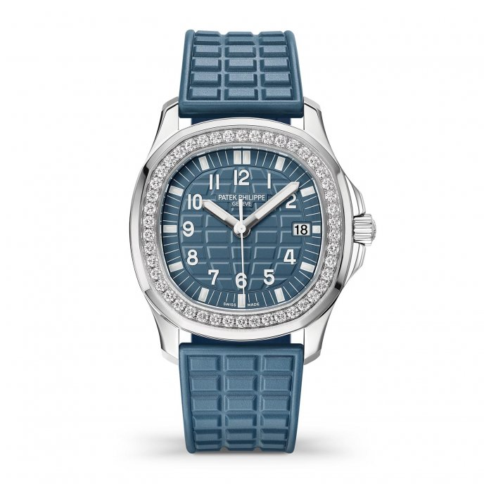 "Aquanaut Luce ""Misty Blue"" Ref. 5067A-025"