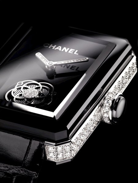 "Only Watch 2013 "" />In 2012, Chanel Watches was rewarded during the 12th ceremony of the Grand Prix d'Horlogerie de Genève (GPHG) with the Première Flying Tourbillon watch, elected best in the ""Ladies watch"